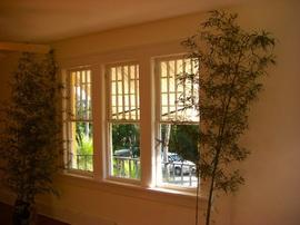 窓,縦長,上げ下げ窓,並べる,雰囲気,格子,視線,視界